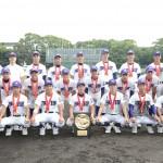天理高校野球部夏の甲子園出場決定 グラウンドで記念撮影