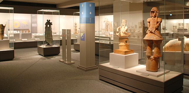 天理参考館の展示物