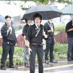 駅前で路傍講演をする本愛分会の会員(2015年9月6日、名古屋市内で)