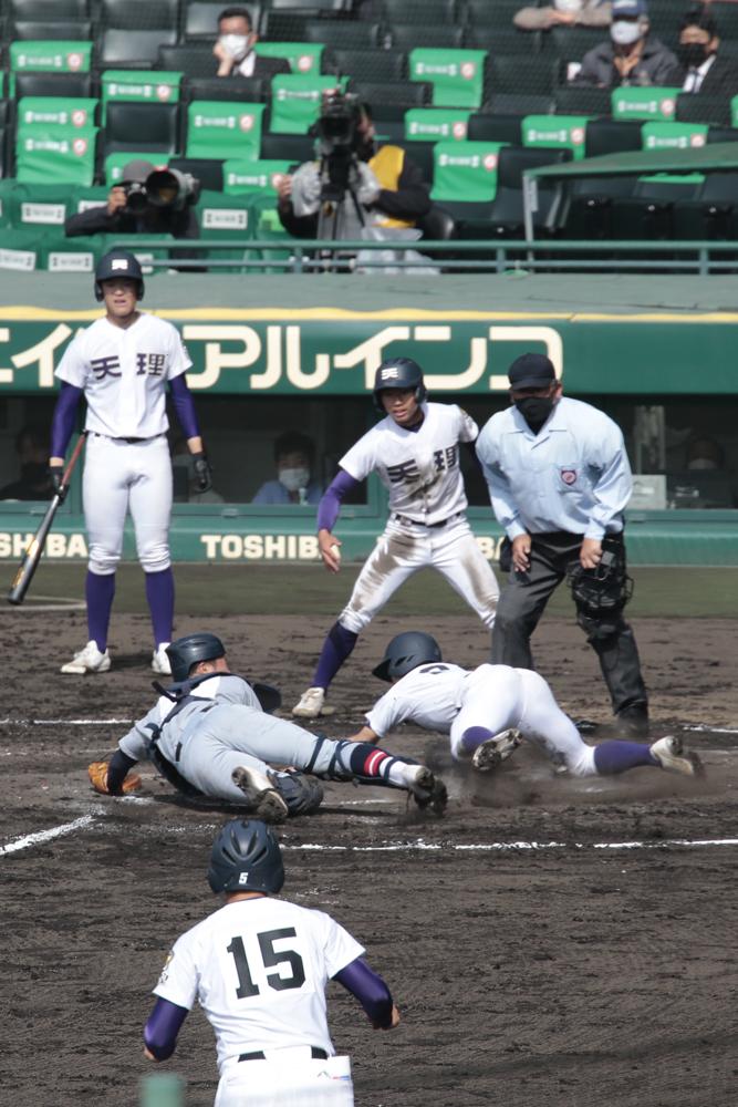 第93回選抜高校野球大会・天理高校対仙台育英高校