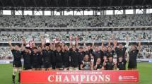 天理大ラグビー部は、チームスローガンである「一手一つ」をプレーで体現し、初めて大学ラグビー界の頂点に立った(1月11日、東京都新宿区の国立競技場で)(©JRFU)